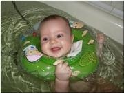 Круги на шею Baby Swimmer для купания новорожденных