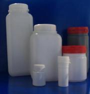 Флаконы, мерные ложки и стаканы, контейнеры и баночки